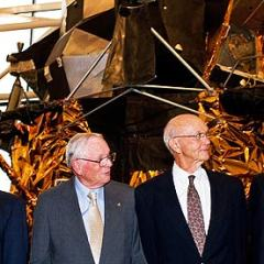 Apollo 11 astronauts call for mission to Mars