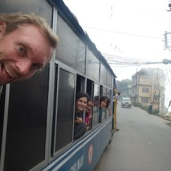 Coral, Amber and me on the Toy Train (Darjeeling, India)