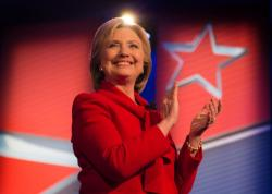 hillary-clinton-in-red