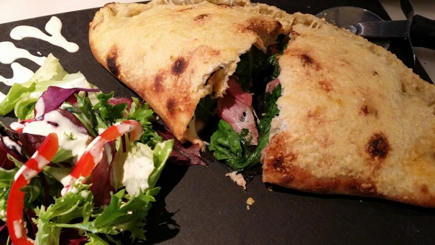 calzone pizza express
