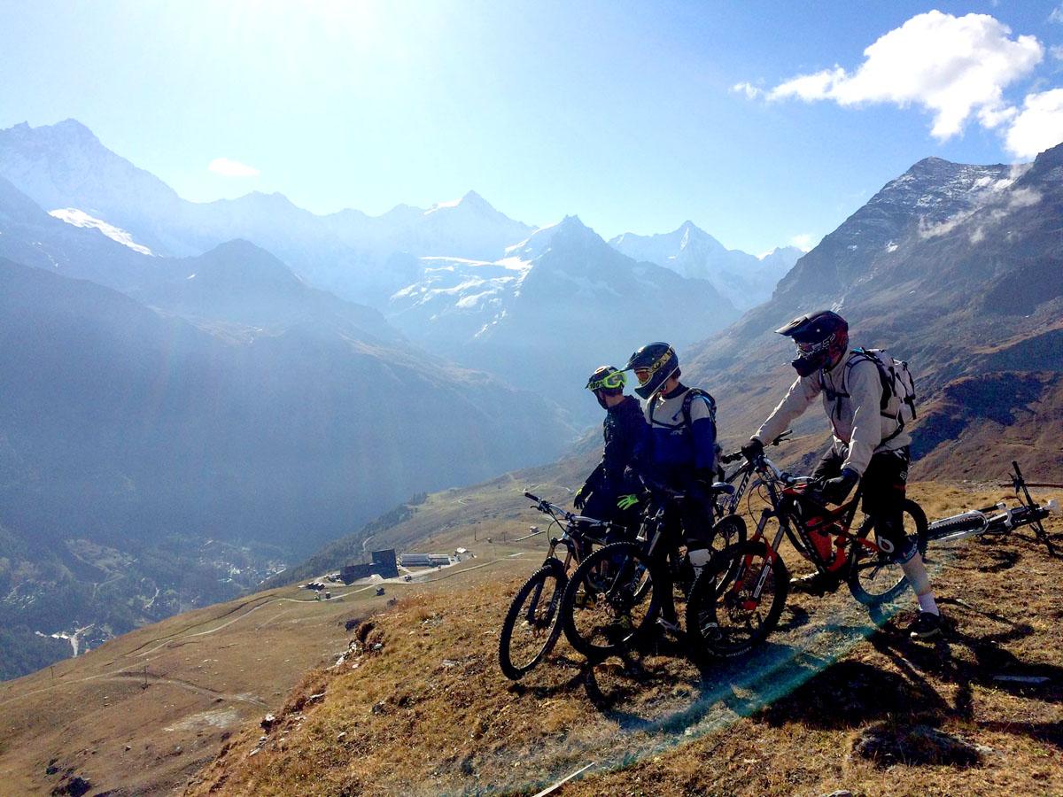 Paysages alpins en vue pour le 1er Enduro du Besso, le 26 septembre 2015 à Zinal. (Photo endurodubesso.ch)