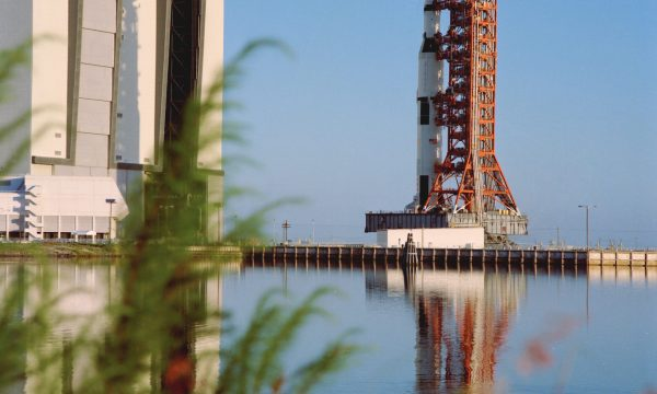 Apollo 17 leaving VAB