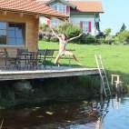 Sauna & Schwimmteich im Sommer