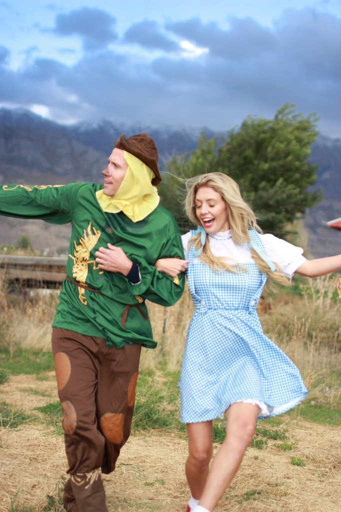 wizard-of-oz-couple-costume