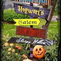 DIY Halloween Yard Sign