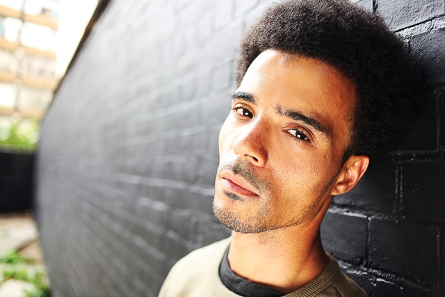 Akala - head against wall