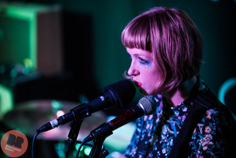 She Makes War @ The Sunflower Lounge / Claire Leach © Birmingham Review