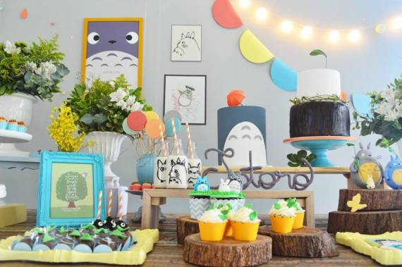 Colorful-Totoro-Birthday-Party-Cupcakes