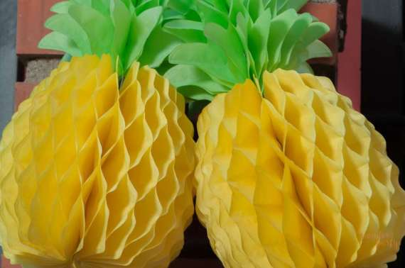Moana-Tropical-Birthday-Party-Paper-Pineapple