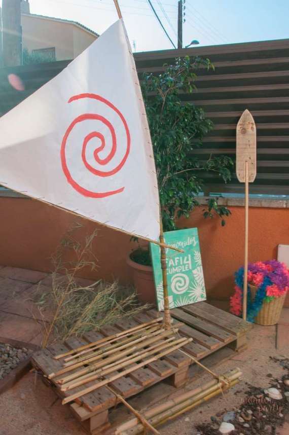 Moana-Tropical-Birthday-Party-Photo-Booth
