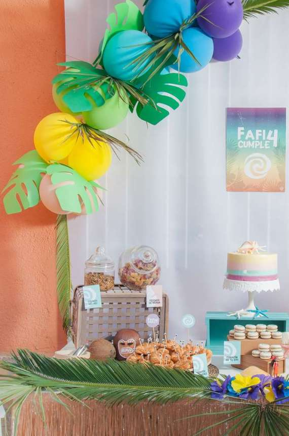 Moana-Tropical-Birthday-Party-Snacks