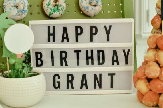 Palm-Springs-Inspired-Retro-Golf-Party-Birthday-Sign