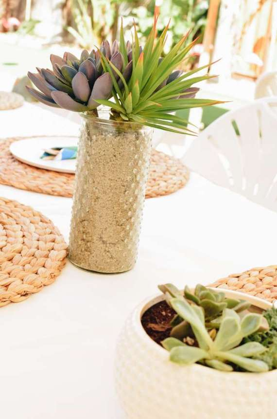 Palm-Springs-Inspired-Retro-Golf-Party-Centerpieces