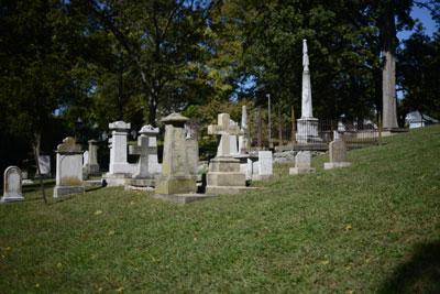 013_cemetery.jpg