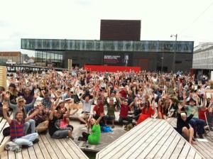 Tak til publikum! (Foto: Oskar Hanska)