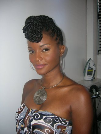6-ways-to-make-an-updo-more-interesting