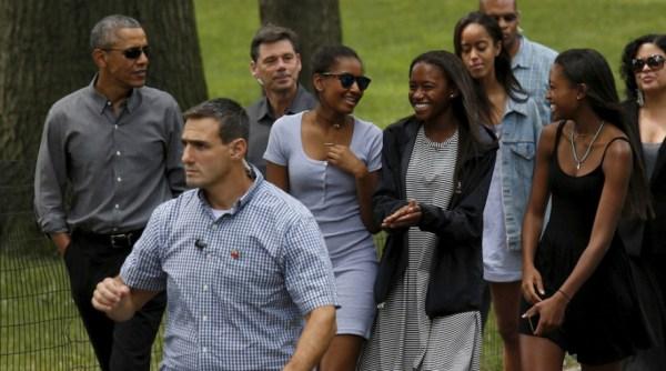 Carefree Black Girls These Photos Of Sasha Obama Hanging