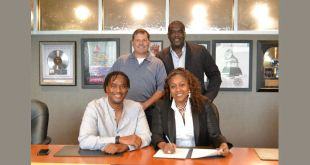 D3 Music Group -Provident Distribution Signing Photo / August 2016