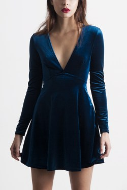 Small Of Blue Velvet Dress