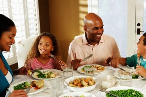 Family Holiday Meals – Mixing Vegans With Omnivores