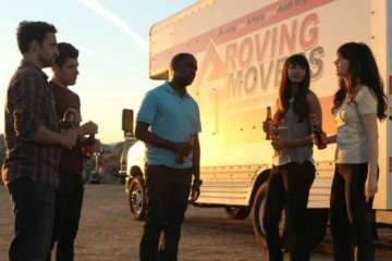 "The roommates and Cece spend a night together in the desert in the ""New Girl"" season finale."