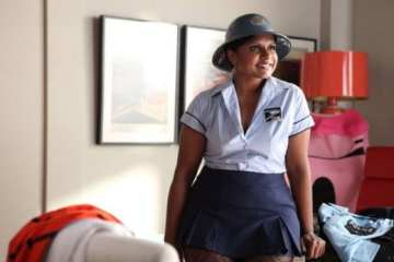 Mindy struggles to find the perfect Halloween costume for a party with Josh