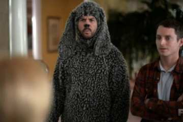 Wilfred (Jason Gann) and Ryan (Elijah Wood) visit Wilfreds childhood home.