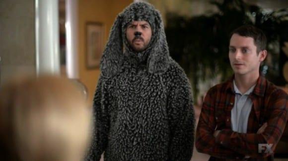 Wilfred (Jason Gann) and Ryan (Elijah Wood) visit Wilfreds childhood home.