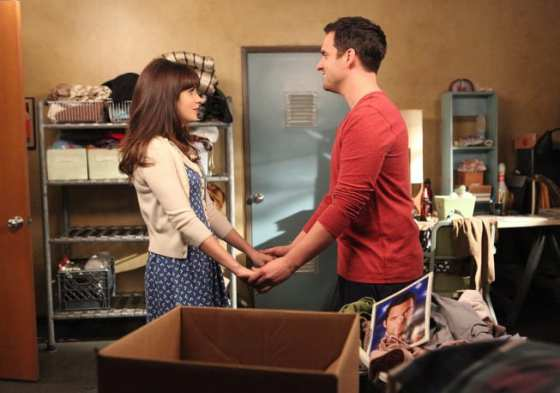 Jess (Zooey Deschanel) and Nick (Jake Johnson) decide to move in together.