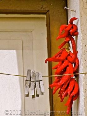 Peperoncini & clothespins