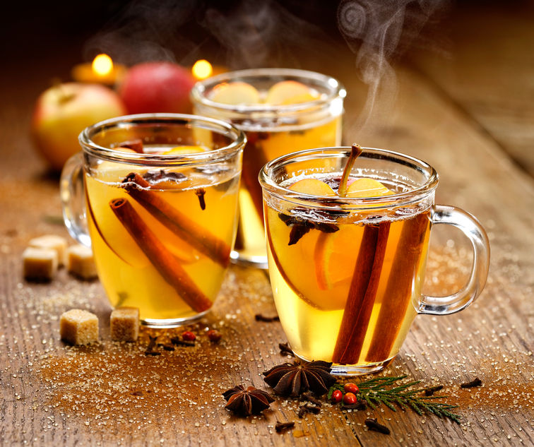 46669403 - mulled cider with aromatic spices and citrus fruits