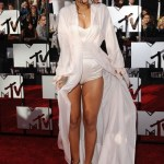Rihanna on the Red Carpet at the 2014 MTV Movie Awards. (April 13, 2014 - Source: Axelle/Bauer-Griffin)