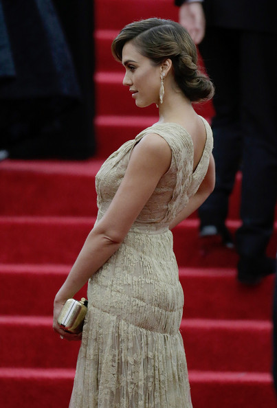 Jessica+Alba+Red+Carpet+Arrivals+Met+Gala+7V8hSuQIZiQl