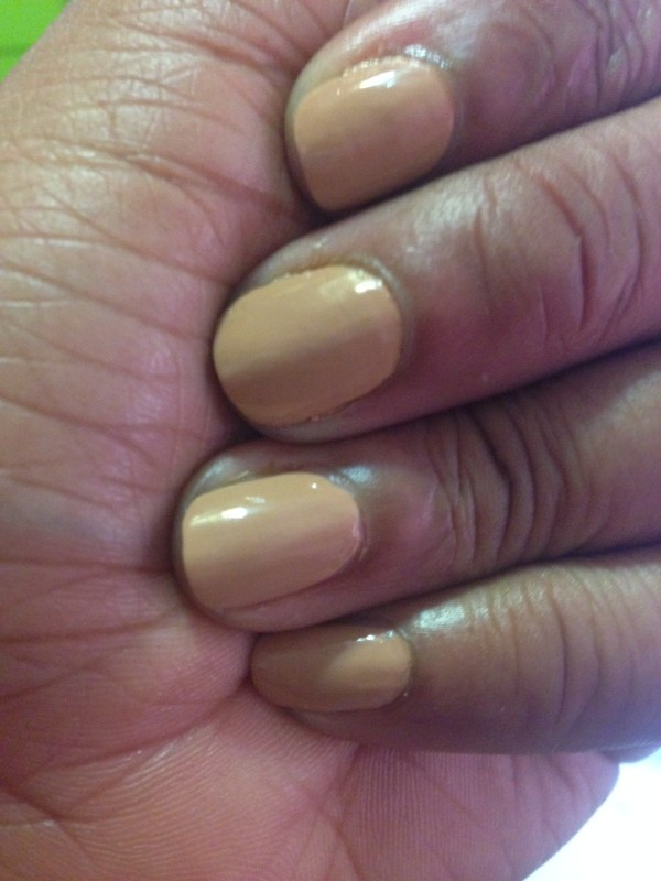 sally hansen miracle gel in how nude swatch 2