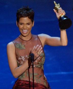 Halle Berry 2002 Oscar Win