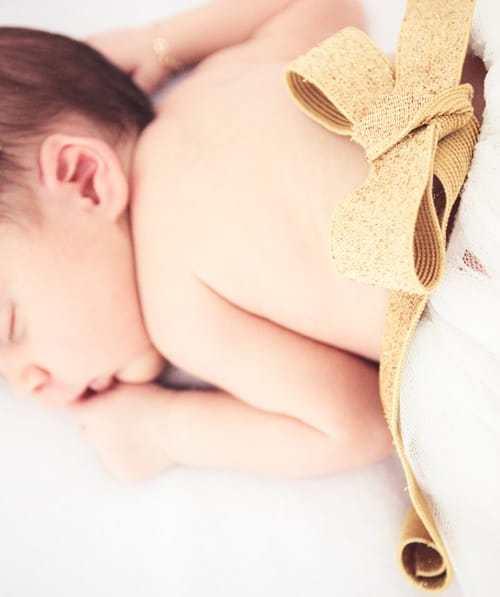 book fotográfico recém nascido (newborn) realizado por Bliss Fotografia