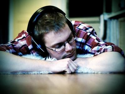 毎日1時間ヘッドホンで音楽聴いてた結果!!!俺の聴力 終了のお知らせwwwwww