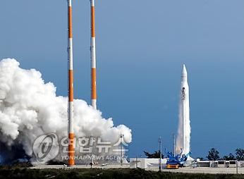 韓国の純国産ロケット「羅老(ナロ)号」(KSLV-1 ※ロシア製)、3度目の挑戦