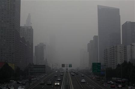 いま北京に1日滞在するのは、タバコ21本吸うのと同じ … 大気汚染が深刻化