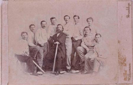 「レア中のレア」、150年前の米野球カードが860万円で落札