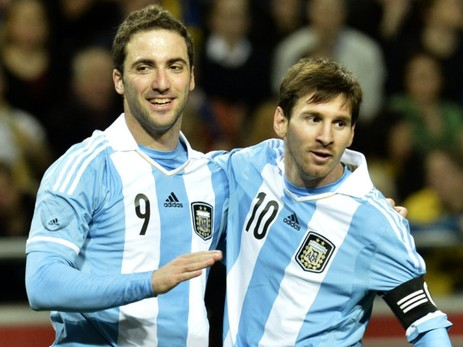 メッシがアルゼンチン代表でも無双し始める 1得点2アシストの大活躍【W杯南米予選】
