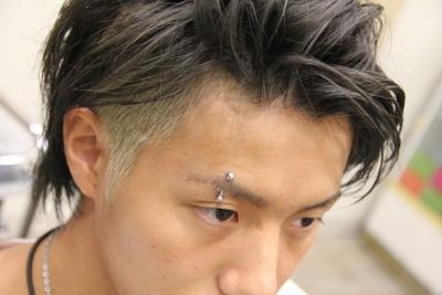 【画像あり】ツーブロックって髪型なんなの?途中で美容師死んだの?