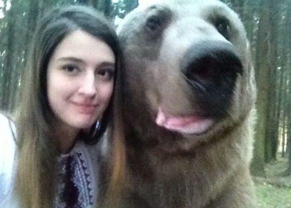 ロシアの女の子がツイッターに上げてる自撮り画像過激すぎワロタwwwwwwwwwwwww