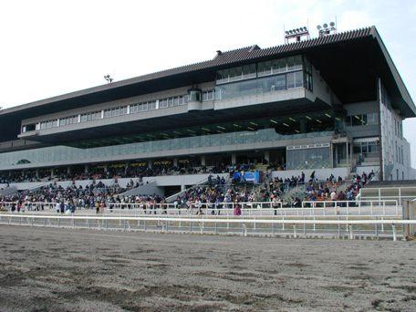 【競馬】 地方競馬、長期低迷から脱却なるか?新ファン層獲得狙い、ナイター競馬やイベント開催