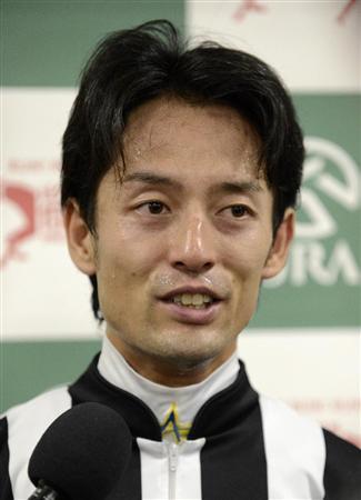 【競馬】 秋山がダンス騎乗を批判