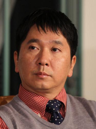 【芸能】 爆笑問題の田中裕二が入院 … 伝染性単核球症で肝機能障害も