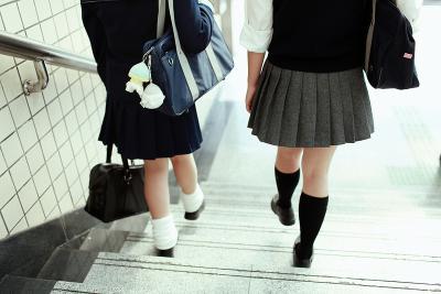 今日SR002着けた女子校生をみたっ!!