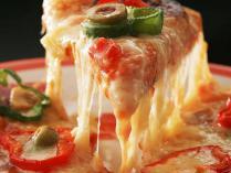 お前ら雨の日でもピザ頼むの?