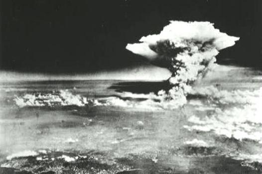 ユダヤ団体「日本人は原爆をジョークにするか?」