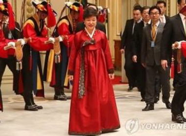朴槿恵大統領 「日中韓首脳会談の開催を希望する」